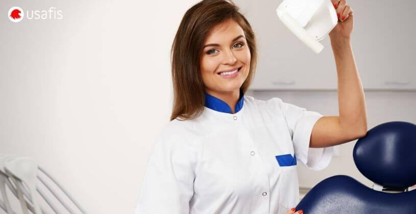 USAFIS: Female Dentist